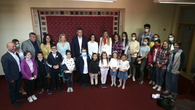 Photo of Početak Dečje nedelje u Pirotu obeležen tradicionalnim prijemom kod gradonačelnika