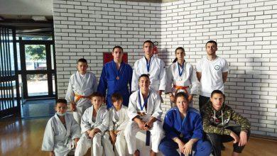 """Photo of Šest medalja za pirotske džudiste na Međunarodnom turniru """"Srećno""""- zlato za Nađu, Sofiju i Ognjena"""