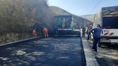 Photo of Asfaltira se završni sloj asfalta na putu ka Rsovcima