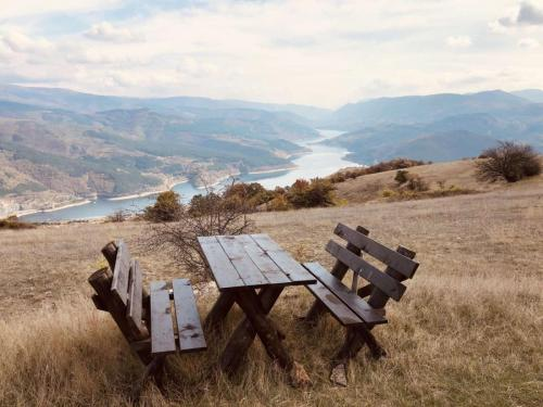 Smilovica mobilijar Zavojsko jezero